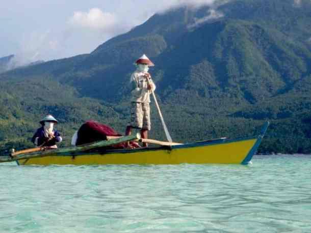 Fishermen in Camiguin Island, Philippines. maninio.com #tourismphilippines #visitcamiguin