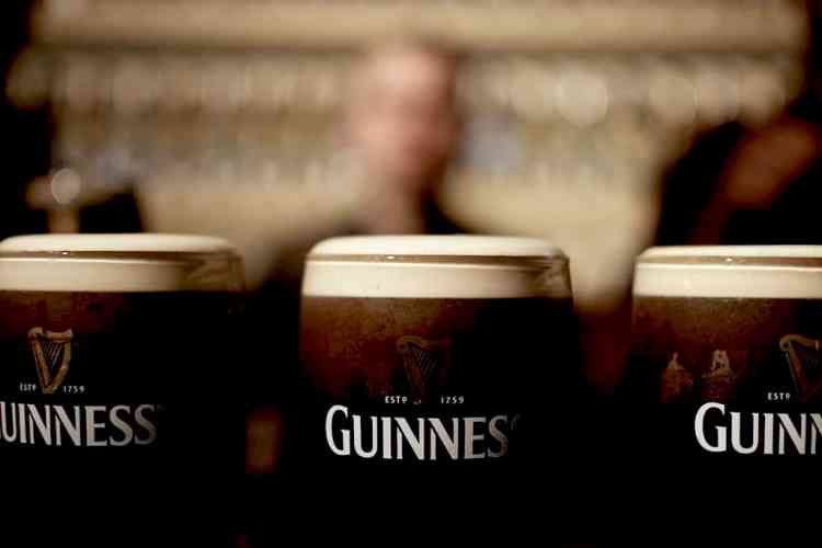 the best Guinness experience - maninio.com - beer - guiness - ireland - drinks - dublin