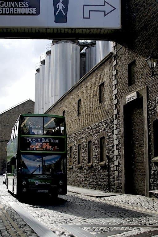 Guinness Ζυθοποιία - Τουριστικό λεοφωρείο. maninio.com #τουρισμόςιρλανδία #guinessexperience