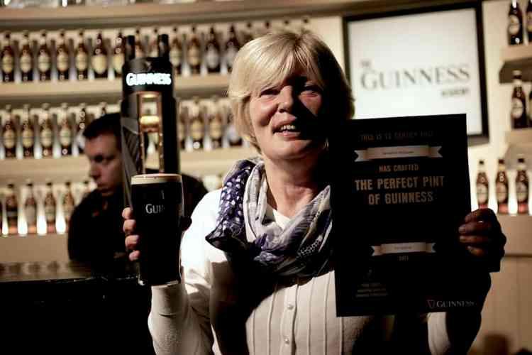 Guinness Ζυθοποιία, πιστοποιητικό γνησιότητας. maninio.com #visitireland #guinessexperience