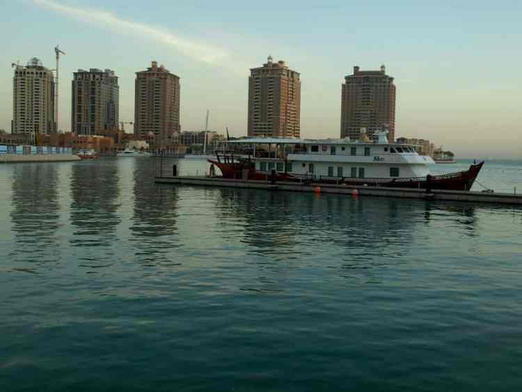 Skycrapes in qatar maninio.com #constructiondoha #pearlqatar