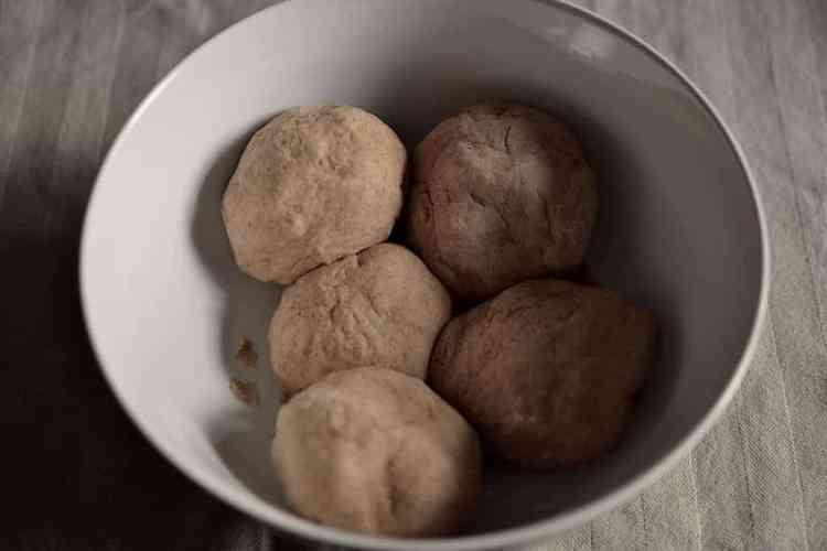 Μπαλάκια ζύμης για χορτοφαγικό σουβλάκι #μπαλάκιαζύμης #βίγκαν | maninio.com