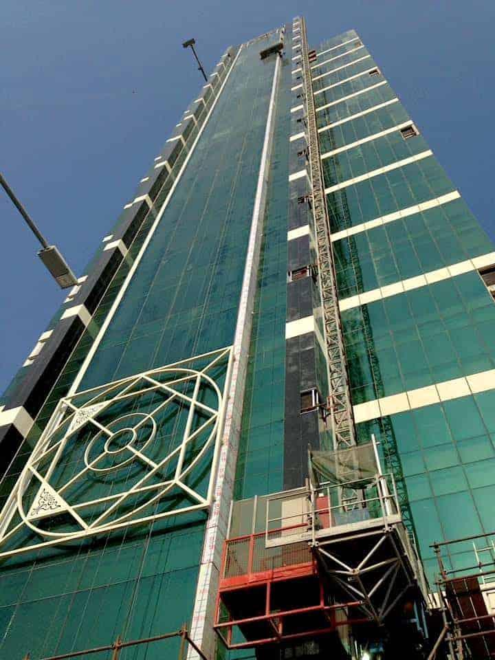 High rise buildings in Qatar maninio.com #constructiondoha #pearlqatar