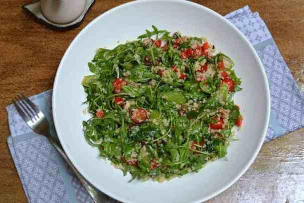 25+ Vegan Προτάσεις φαγητού για το Πάσχα. maninio.com σαλάτα κινόα