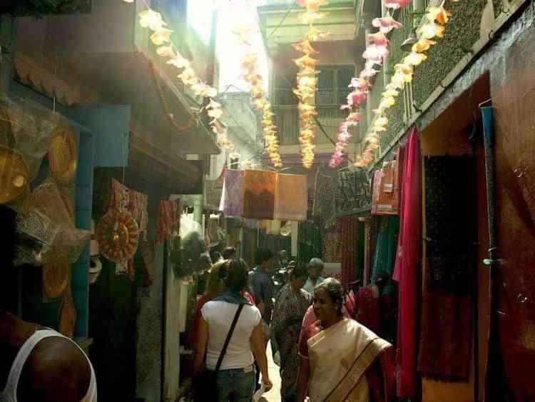 Βαρανάσι (Ινδία): Αγορές τηε πόλης. maninio.com