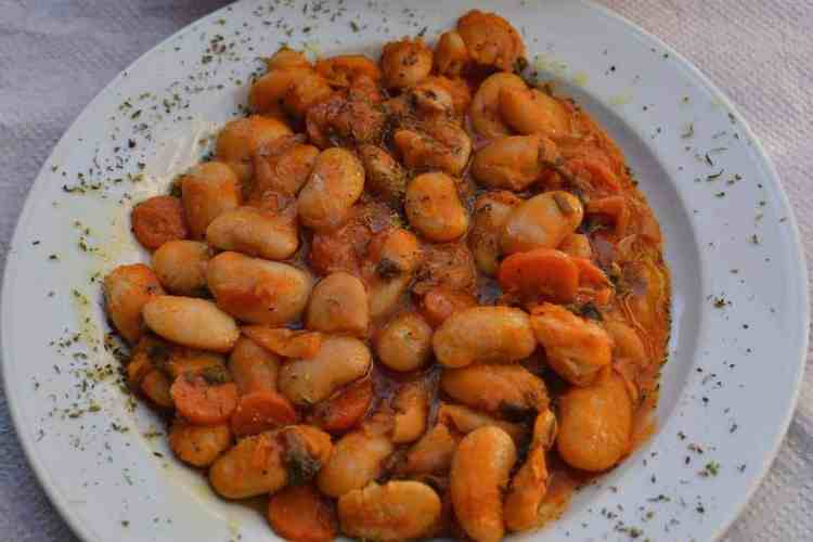beans-greek-cuisine-vegan-maninio