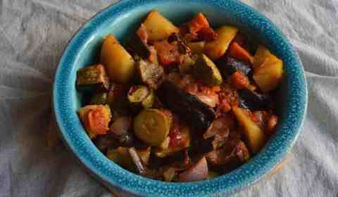 Mpriam - Greek - Dish - Vegan - Eggplants - Potatoes - sweetpotatoes - Zuchinni - maninio -Onions