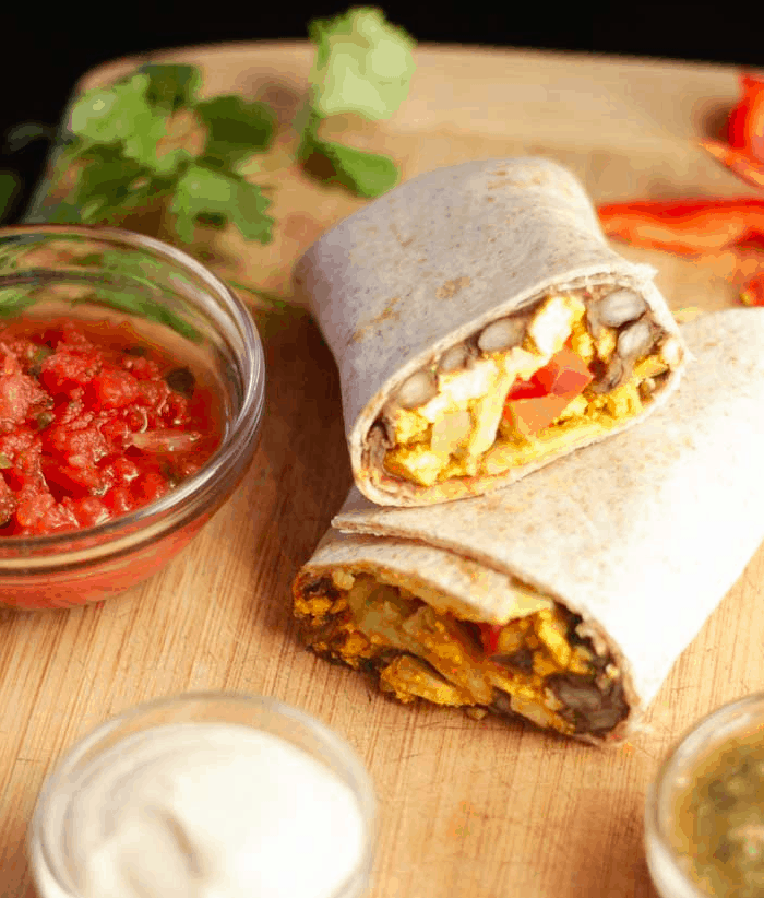 Plantbasedcooking - Breakfast Buritto with Tofu scramble - Vegan Healthy Breakfast Ideas to Start your day. maninio.com