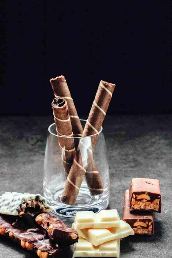 Chocolates Sugar Detox | 15 ways to overcome Withdrawal Symptoms. maninio.com.