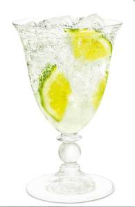 Cointreau Fizz with bubbles