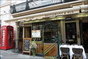 REVIEW: Motcombs – London Belgravia's Most Famous Restaurant