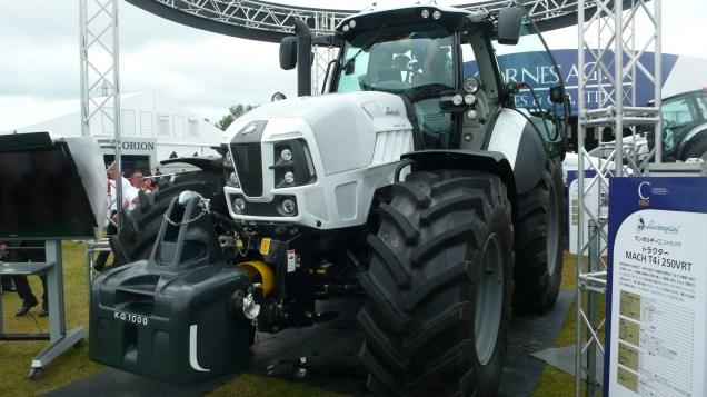 2014年第33回国際農業機械展in帯広 ランボルギーニトラクターMACH T4i 250VRT