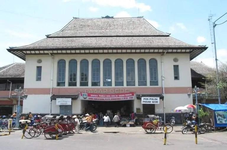 jalan-jalan di Pasar Gedhe Solo