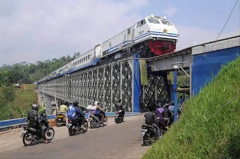 tempat wisata ciamis jembatan sasak cirahong