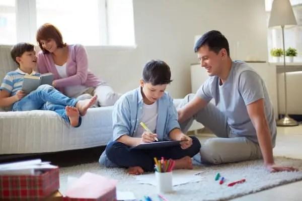 Inilah Beberapa Tips Yang Bisa Bunda Praktekkan Untuk Mendidik Anak Laki Laki