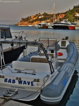 """Bad Wave"" in Porto Santo Stefano."