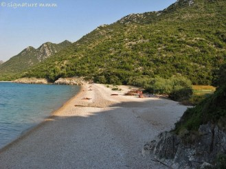 "The next beach from Duba is called ""Jezero"", the Lake. You can reach it after a 20-minute walk or so."