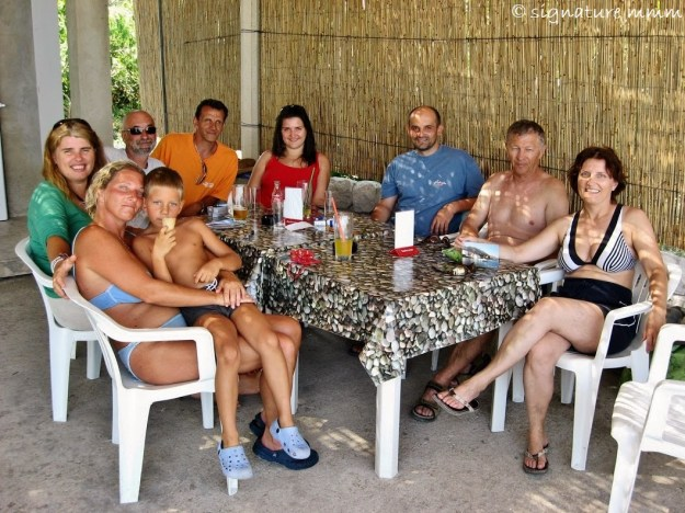 The gang in the new beach bar. Only Nika is missing. We often used to say how different it would have been to have a bar.