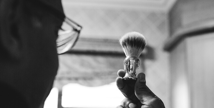 How to use shaving brush properly and why would you use one