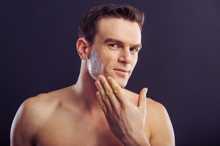Avoid getting razor burn by preparing your face for shaving