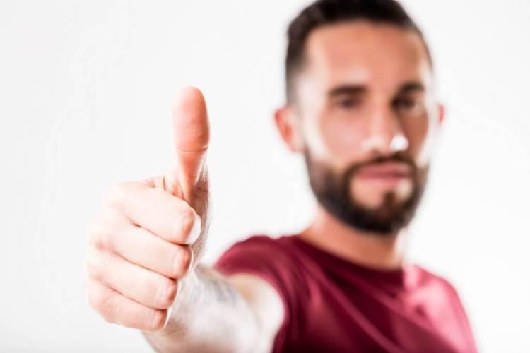 Cure beard dandruff and beard split ends for a well groomed and soft beard