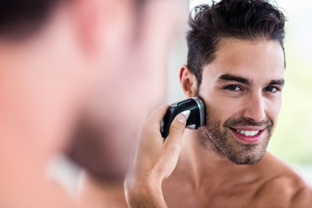 Choosing the best electric razor for men