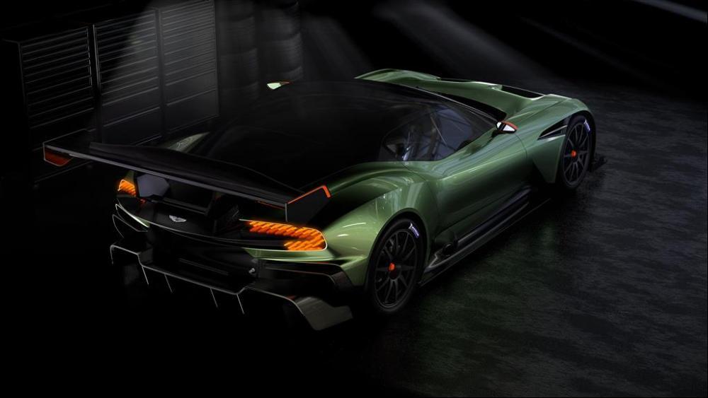 Manly.ng Aston Martin (1)