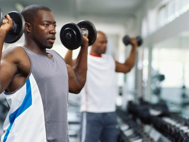 man-lift-weights-gym
