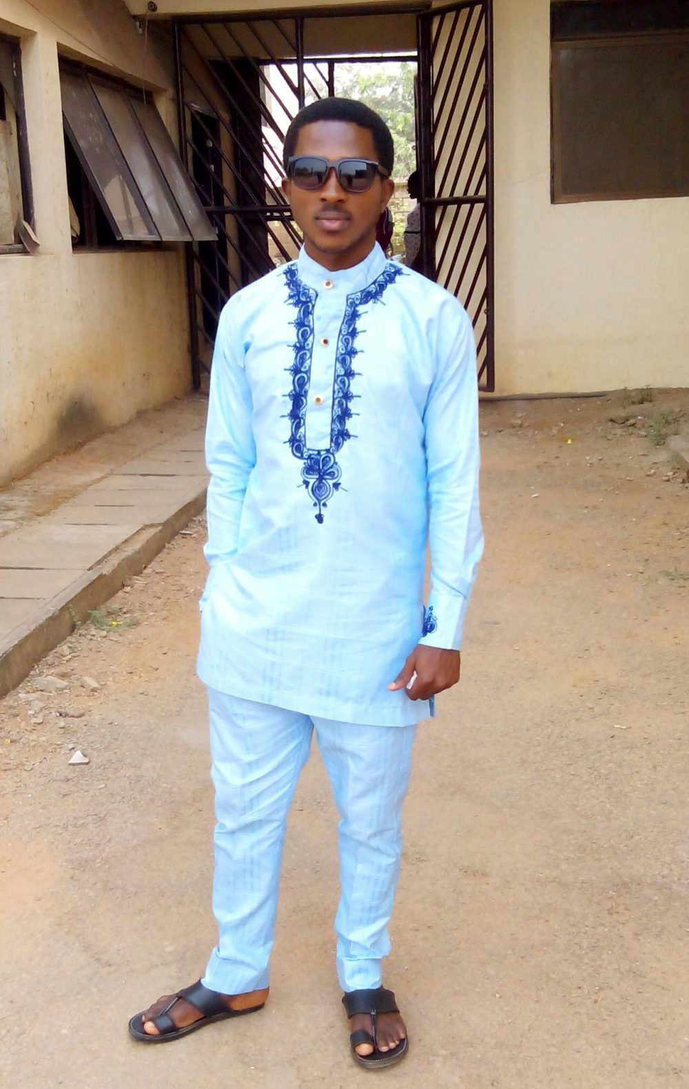 tinko-designs-for-men-classy-embroidery-designs-you-can-try-6
