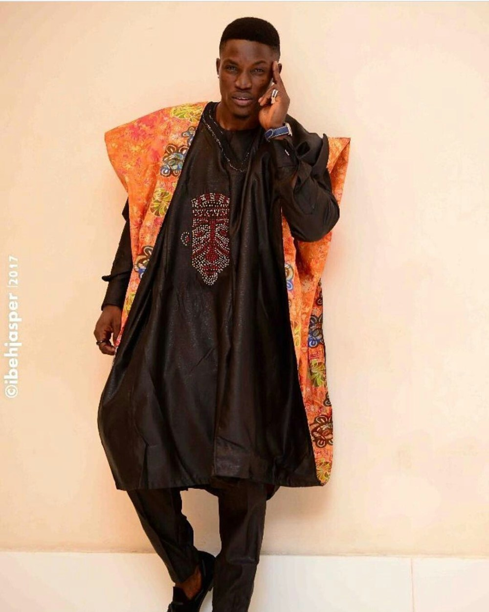 Dapper Nigerian Men's Traditional Fashion4