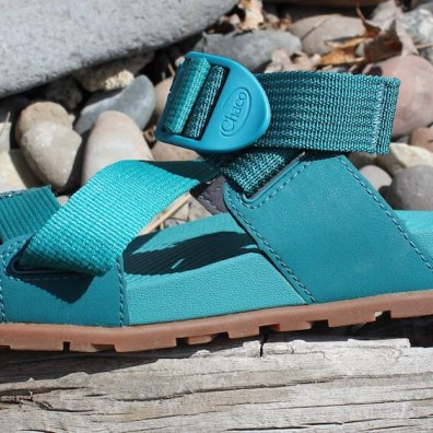 This review photo shows a closeup of the women's Chacos Lowdown Slide side view.