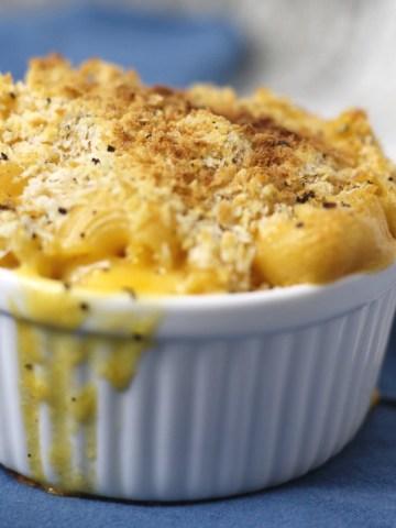 comfort mac and cheese|www.mannaandspice.com