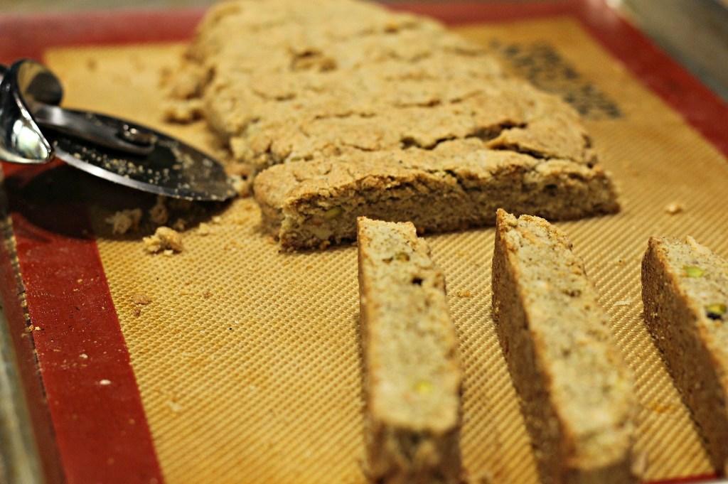 masaala chai biscotti cut