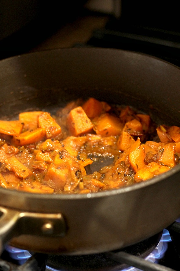 Butternut Squash and Red Lentil Currywww.mannaandspice.com