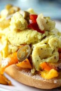 Pepper & Egg Sandwich|www.mannaandspice.com