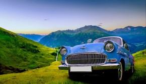 Auto in der Landschaft