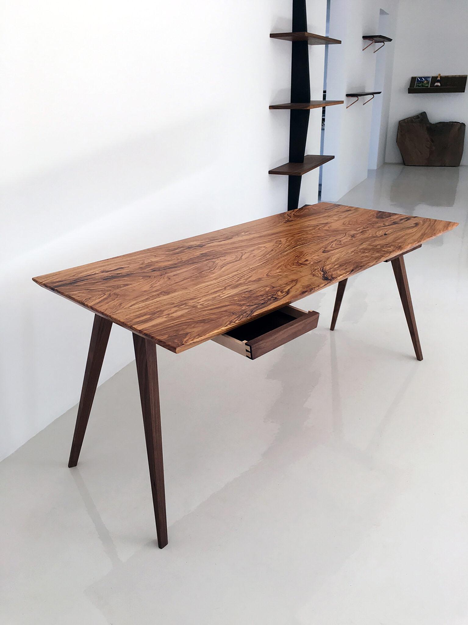 Toscana Skrivebord Af Oliventrae Mann Design