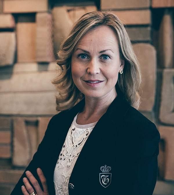 Svenska kvinnokliniker tillämpar anställningskontrakt  i strid med mänskliga rättigheter