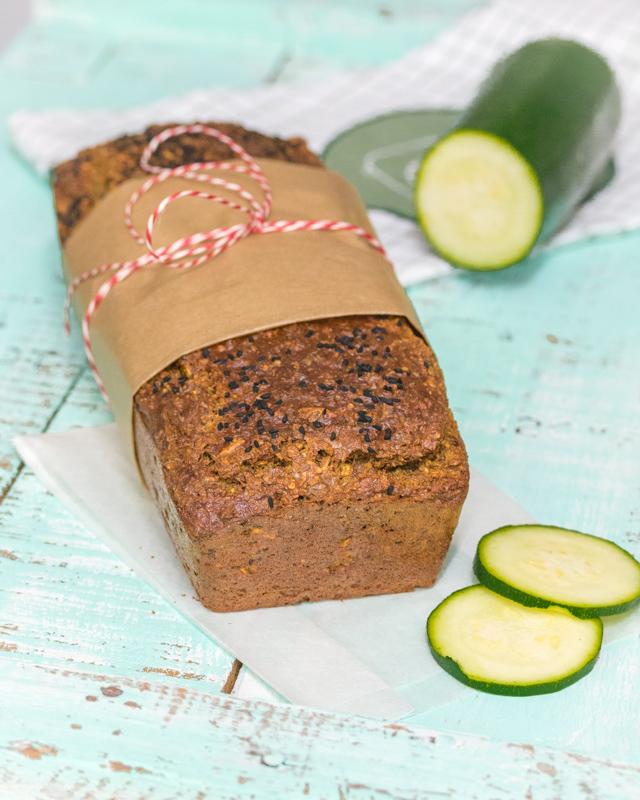 Low-Carb Brot - mit Zucchini