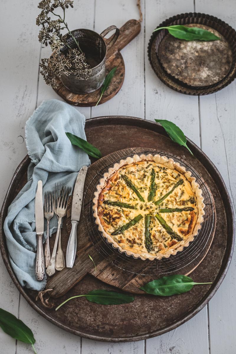 Quiche mit grünem Spargel und Bärlauch - glutenfrei und laktosefrei