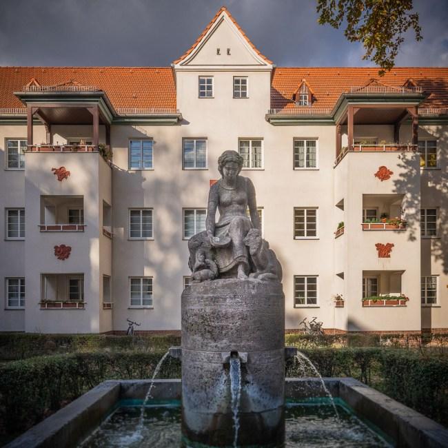 """<small>Stadtführung: </small><br><b>""""Siemensstadt Industriekultur""""</b><br> Wie <i>und warum</i> hier alles begann. 2"""