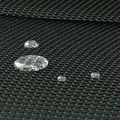 Asientos Impermeables   Los asientos están tapizados con tela impermeable de alta resistencia, fácilmente lavable.