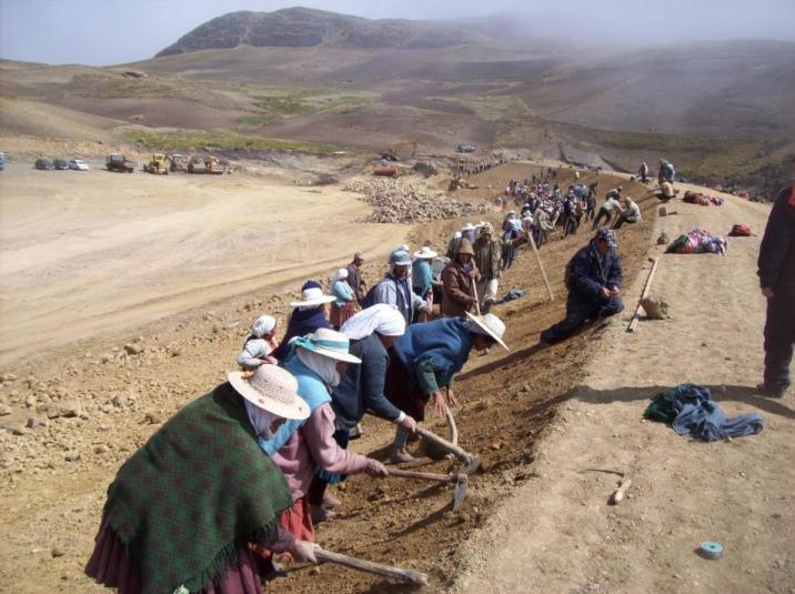 Sancayani residents working on their reservoir