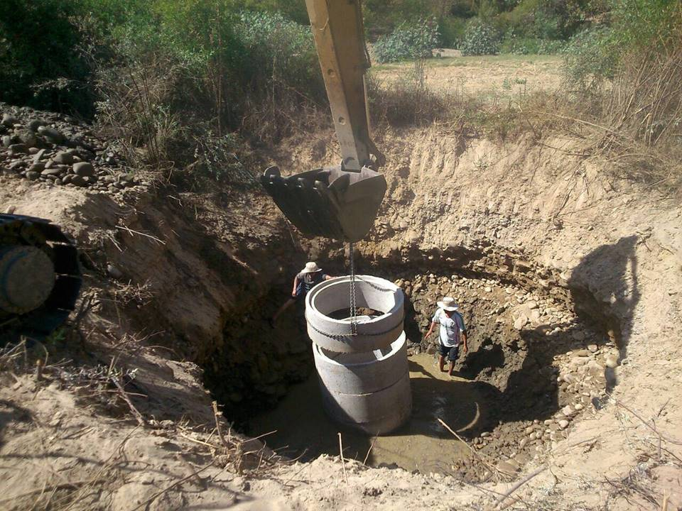 One of the wells being built by Mano a Mano in the Omereque area.