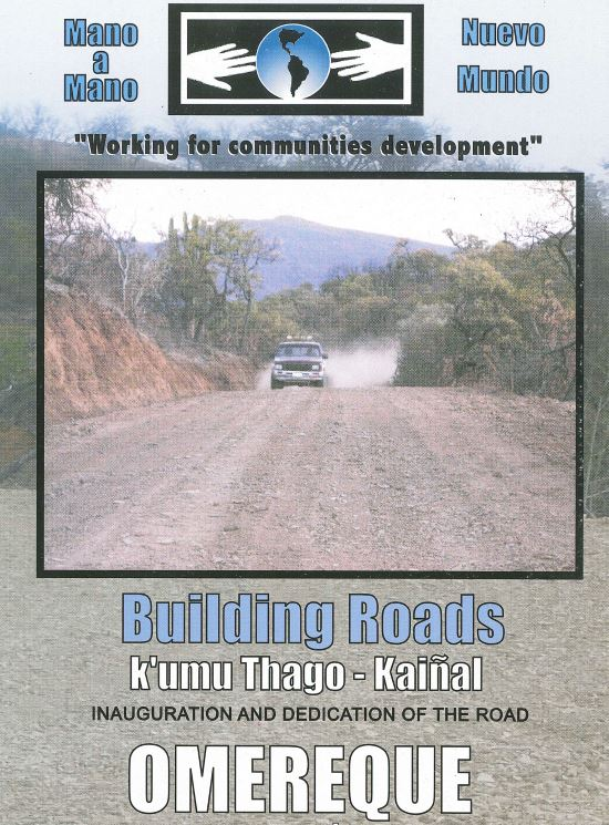 Dedication brochure for a Mano a Mano road project in Kainal.