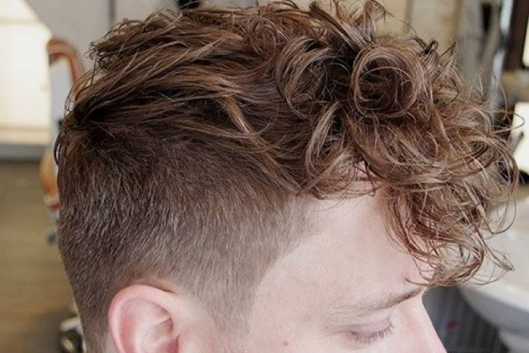 10 Faux Hawk Haircuts Amp Hairstyles For Men Man Of Many