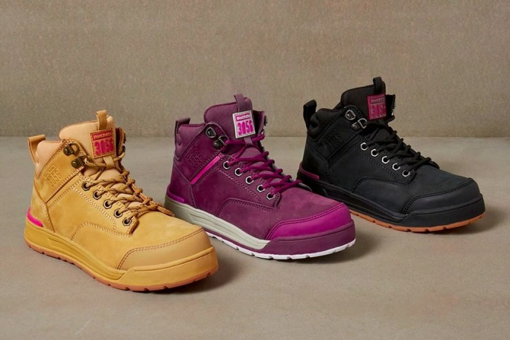 Hard Yakka work boots