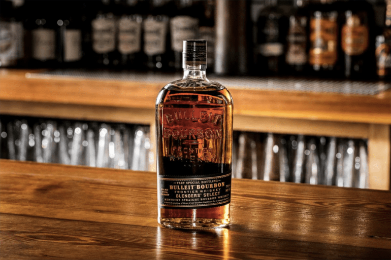 Bulleit Straight Bourbon Frontier Whisky - How to Make the Perfect Old Fashioned Cocktail