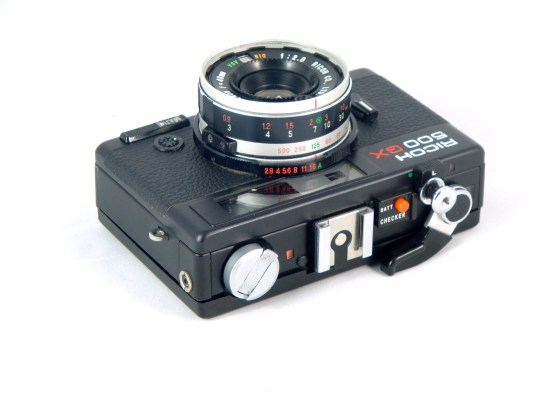 Ricoh 500GX – General view of all the happy buttons and levers on this camera