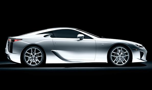 Elegant Lexus LFA